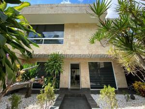 Casa En Ventaen Caracas, La Trinidad, Venezuela, VE RAH: 21-14052