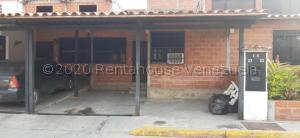 Casa En Ventaen Guatire, El Ingenio, Venezuela, VE RAH: 21-14054