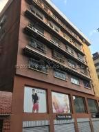 Apartamento En Ventaen Caracas, Chacaito, Venezuela, VE RAH: 21-14119