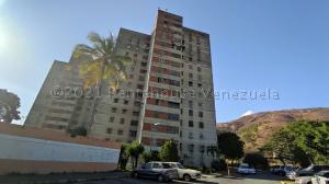 Apartamento En Ventaen La Victoria, Las Mercedes, Venezuela, VE RAH: 21-14166