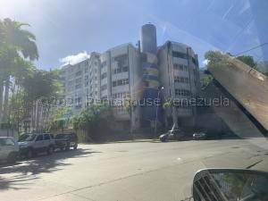 Apartamento En Ventaen Parroquia Caraballeda, Caribe, Venezuela, VE RAH: 21-14122