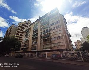 Apartamento En Ventaen Caracas, Los Palos Grandes, Venezuela, VE RAH: 21-14134