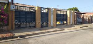 Casa En Ventaen Cabimas, Miraflores, Venezuela, VE RAH: 21-14148