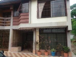 Casa En Ventaen Cabudare, Centro, Venezuela, VE RAH: 21-14157