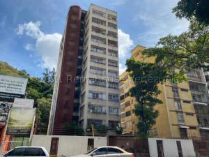 Apartamento En Ventaen Caracas, El Paraiso, Venezuela, VE RAH: 21-14178