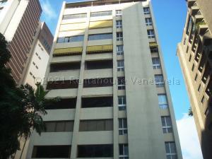 Apartamento En Alquileren Caracas, Campo Alegre, Venezuela, VE RAH: 21-14182