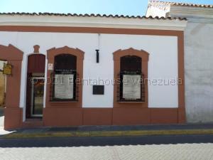 Local Comercial En Ventaen Barquisimeto, Centro, Venezuela, VE RAH: 21-14215