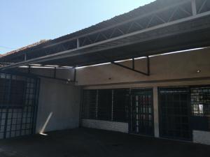 Local Comercial En Ventaen Maracaibo, Pomona, Venezuela, VE RAH: 21-14202