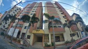 Apartamento En Alquileren Valencia, Prebo I, Venezuela, VE RAH: 21-14781