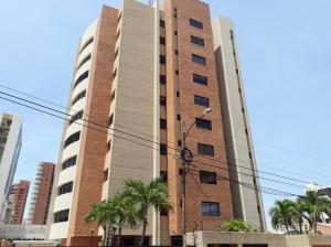Apartamento En Alquileren Maracaibo, Bellas Artes, Venezuela, VE RAH: 21-14237