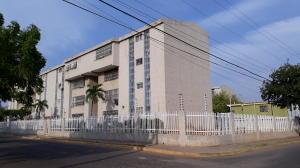 Apartamento En Ventaen Maracaibo, Los Aceitunos, Venezuela, VE RAH: 21-14243