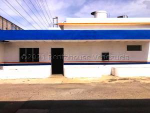 Galpon - Deposito En Alquileren Barquisimeto, Parroquia Union, Venezuela, VE RAH: 21-14267