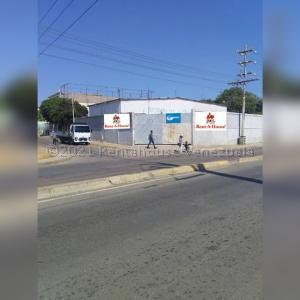 Galpon - Deposito En Alquileren Maracaibo, La Fundacion Maracaibo, Venezuela, VE RAH: 21-14290