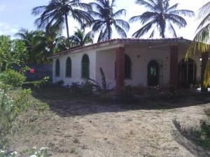 Casa En Ventaen Chichiriviche, Playa Norte, Venezuela, VE RAH: 21-14304