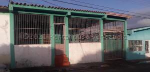 Casa En Ventaen Ciudad Bolivar, Los Proceres, Venezuela, VE RAH: 21-14444