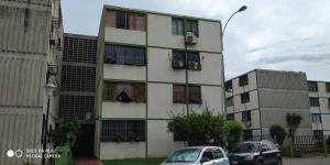 Apartamento En Ventaen Municipio San Diego, Monteserino, Venezuela, VE RAH: 21-14340