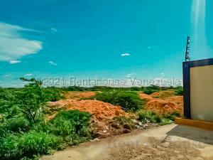 Terreno En Ventaen Punto Fijo, Puerta Maraven, Venezuela, VE RAH: 21-14355