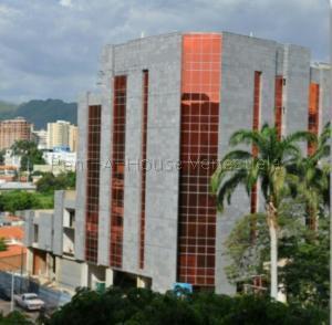 Local Comercial En Ventaen Maracay, La Arboleda, Venezuela, VE RAH: 21-14381
