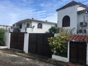 Casa En Ventaen Margarita, Playa Parguito, Venezuela, VE RAH: 21-14387