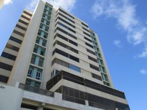 Apartamento En Ventaen Catia La Mar, Playa Grande, Venezuela, VE RAH: 21-14390