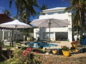 Casa En Ventaen Margarita, El Tirano, Venezuela, VE RAH: 21-14392