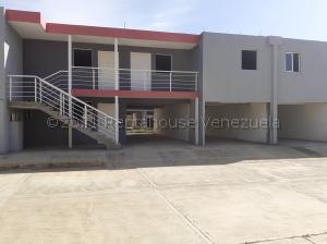 Apartamento En Ventaen Coro, Centro, Venezuela, VE RAH: 21-14406