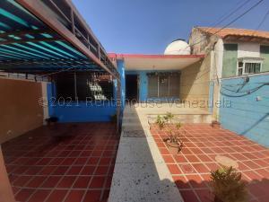 Casa En Alquileren Maracaibo, Veritas, Venezuela, VE RAH: 21-14432