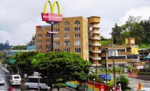 Local Comercial En Ventaen Los Teques, El Tambor, Venezuela, VE RAH: 21-14437