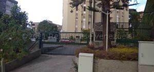 Apartamento En Ventaen Caracas, Los Naranjos Del Cafetal, Venezuela, VE RAH: 21-15364