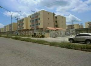 Apartamento En Ventaen Santa Teresa, La Raiza, Venezuela, VE RAH: 21-14453