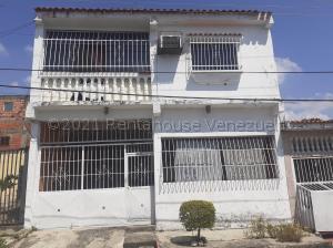 Casa En Ventaen Valencia, Los Caobos, Venezuela, VE RAH: 21-14472