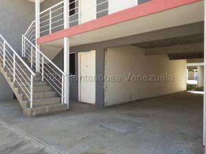 Apartamento En Ventaen Coro, Centro, Venezuela, VE RAH: 21-14476
