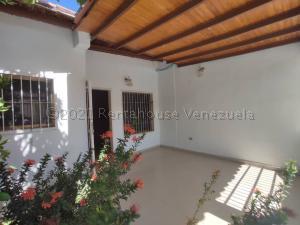 Casa En Ventaen Municipio Linares Alcantara, La Morita I, Venezuela, VE RAH: 21-14480