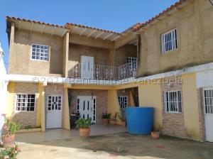 Casa En Ventaen Punto Fijo, Guanadito, Venezuela, VE RAH: 21-14492