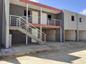 Apartamento En Ventaen Coro, Centro, Venezuela, VE RAH: 21-14619