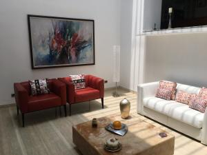 Casa En Ventaen Caracas, La Trinidad, Venezuela, VE RAH: 21-14519