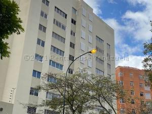 Apartamento En Ventaen Caracas, Las Esmeraldas, Venezuela, VE RAH: 21-14561