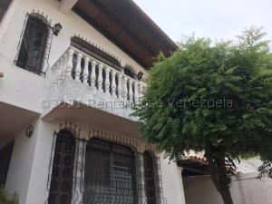 Casa En Ventaen Barquisimeto, Santa Elena, Venezuela, VE RAH: 21-14556