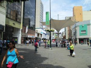 Local Comercial En Ventaen Caracas, Sabana Grande, Venezuela, VE RAH: 21-14599