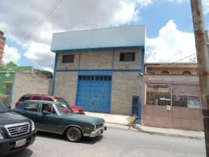 Galpon - Deposito En Ventaen Caracas, Los Rosales, Venezuela, VE RAH: 21-14606