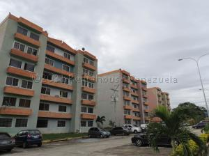 Apartamento En Ventaen Municipio San Diego, Monteserino, Venezuela, VE RAH: 21-14626