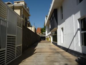 Edificio En Ventaen Maracaibo, Avenida Bella Vista, Venezuela, VE RAH: 21-14614