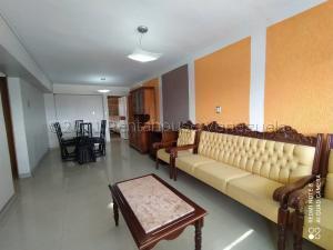 Apartamento En Ventaen Maracay, Zona Centro, Venezuela, VE RAH: 21-14960