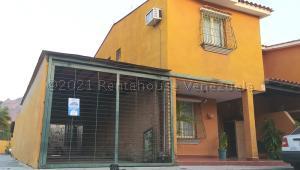 Townhouse En Ventaen Municipio San Diego, Pueblo De San Diego, Venezuela, VE RAH: 21-14790