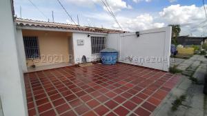 Casa En Ventaen Cabudare, El Amanecer, Venezuela, VE RAH: 21-14667