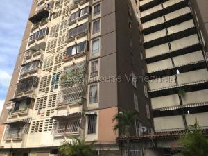 Apartamento En Ventaen Los Teques, El Encanto, Venezuela, VE RAH: 21-14681