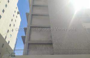 Apartamento En Alquileren Caracas, Los Palos Grandes, Venezuela, VE RAH: 21-14722