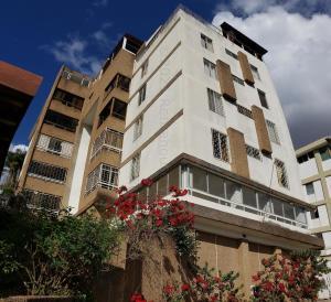 Apartamento En Ventaen Caracas, Cumbres De Curumo, Venezuela, VE RAH: 21-14725