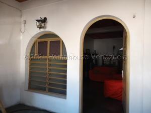 Casa En Ventaen Turmero, Sorocaima, Venezuela, VE RAH: 21-15008