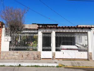 Casa En Ventaen Cabudare, El Paraiso, Venezuela, VE RAH: 21-14789